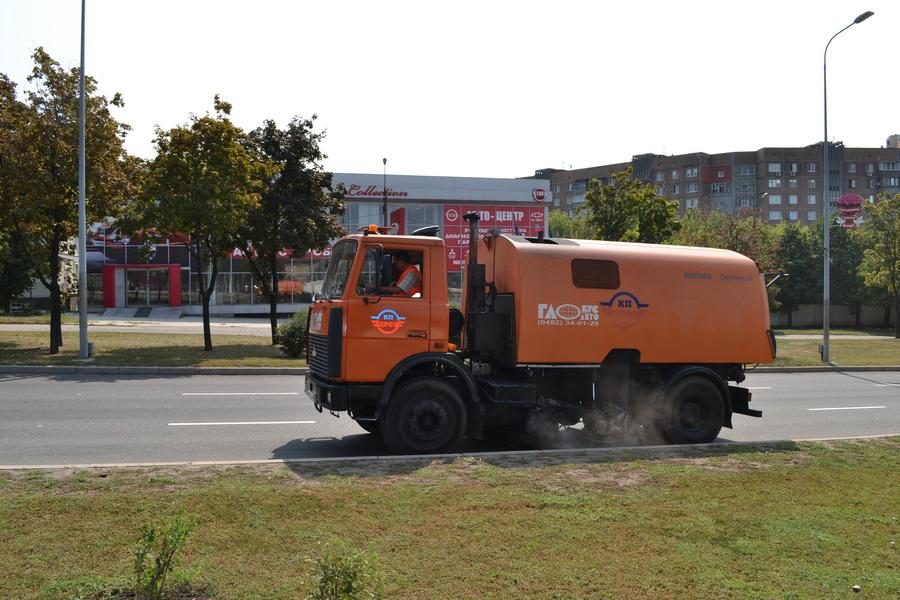 Механизированная уборка автомобильных дорог