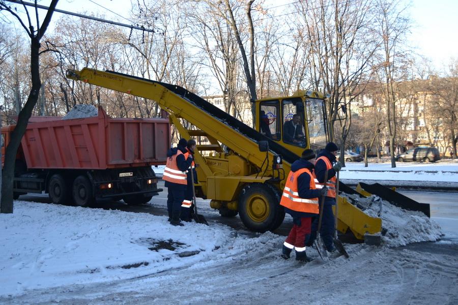 Зимняя механизированная уборка от снега