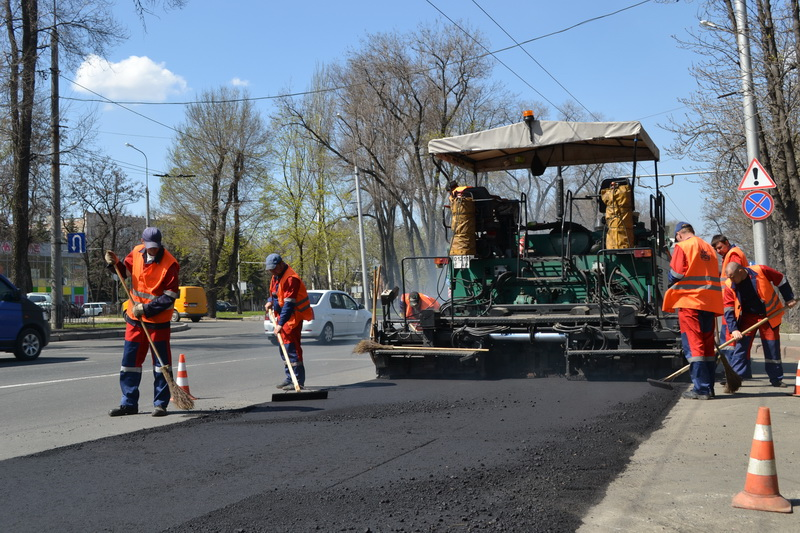 Начало сезона работ по текущему ремонту автодорог
